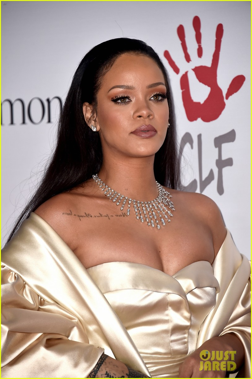 rihanna diamond ball 2015 043527750