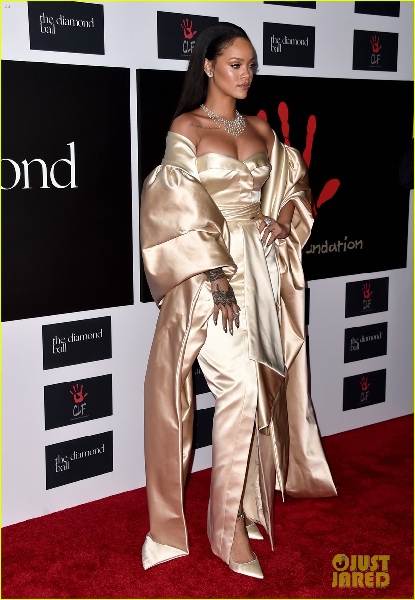 rihanna diamond ball 2015 123527758