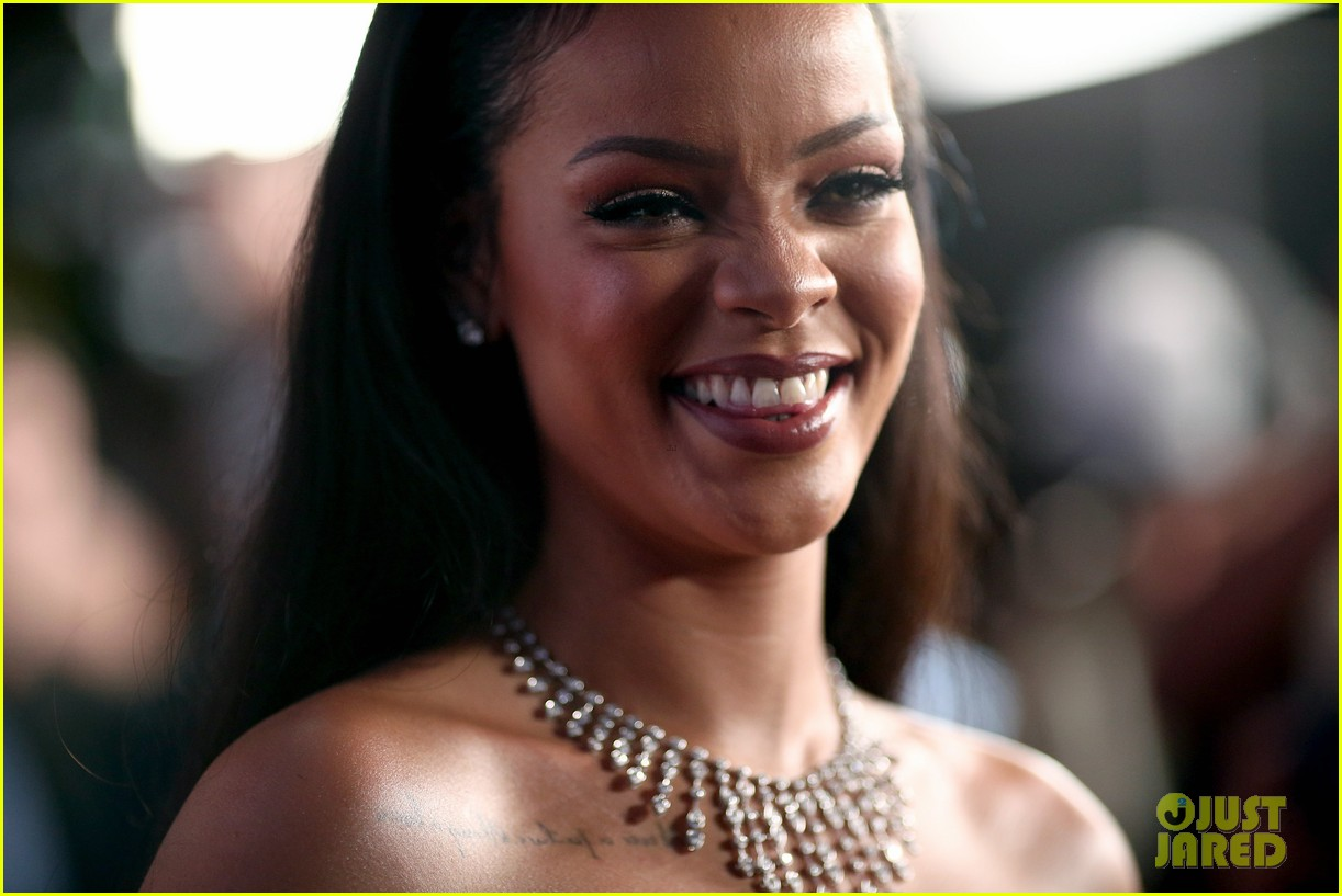 rihanna diamond ball 2015 153527761