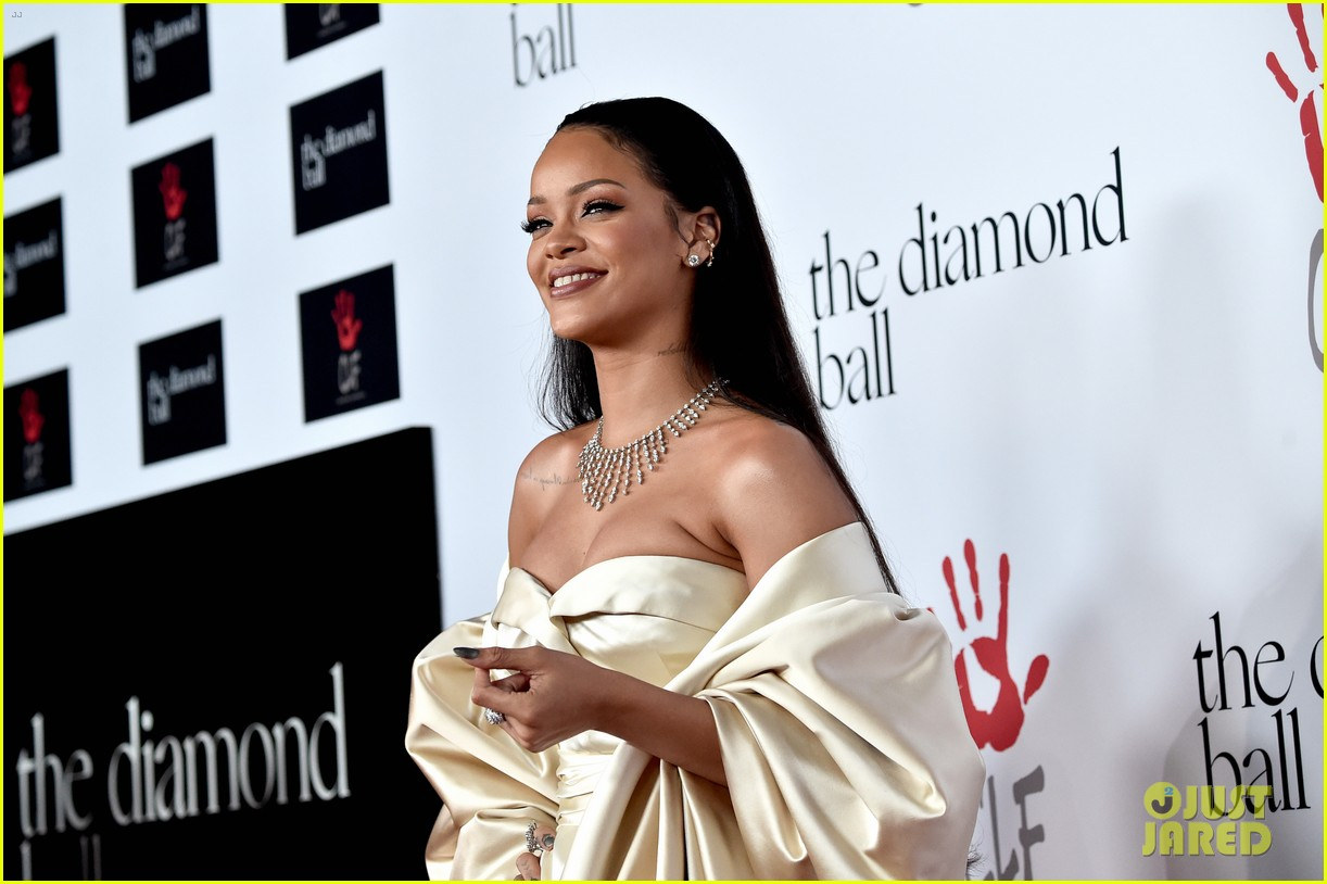 rihanna diamond ball 2015 203527766