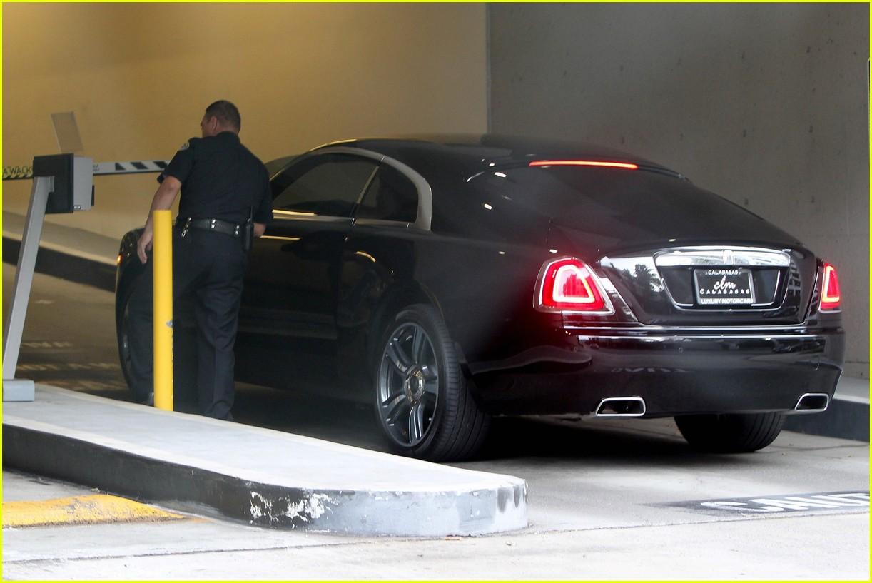 Scott Disick Grabs Lunch With Tyga Before Visiting Kim Kardashian