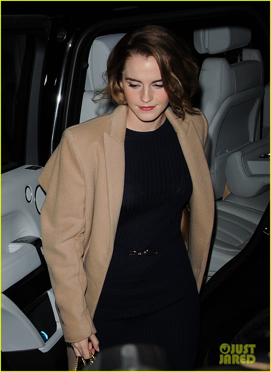 Emma Watson Shows Off Her Chic New Bob Haircut Photo 3526029