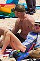 naomi watts liev schreiber christmas weekend beach 04
