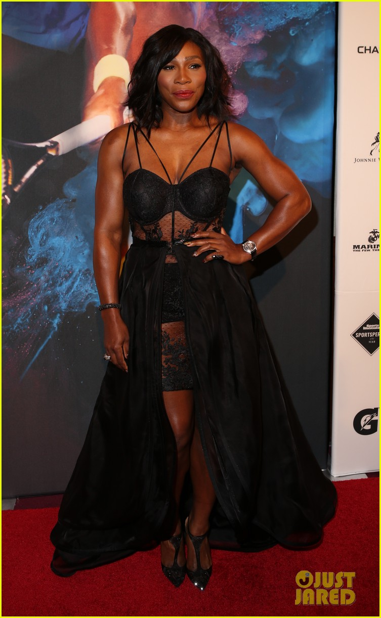 serena williams accepts 2015 sportsperson of the year award 133532138