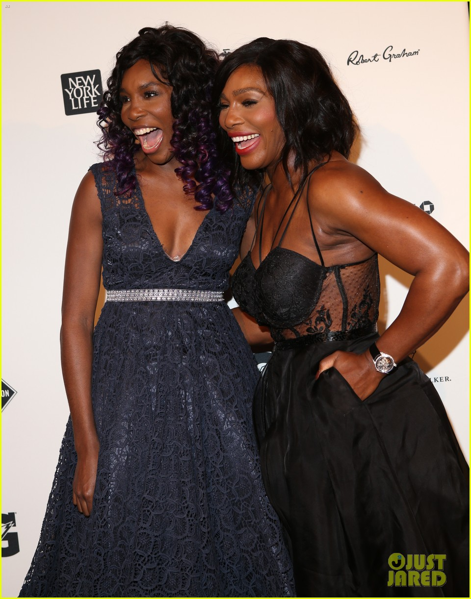 serena williams accepts 2015 sportsperson of the year award 193532144