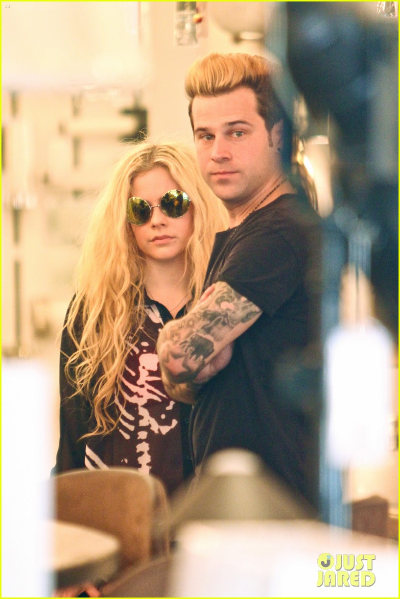 avril lavigne ryan cabrera shop lights 033560543