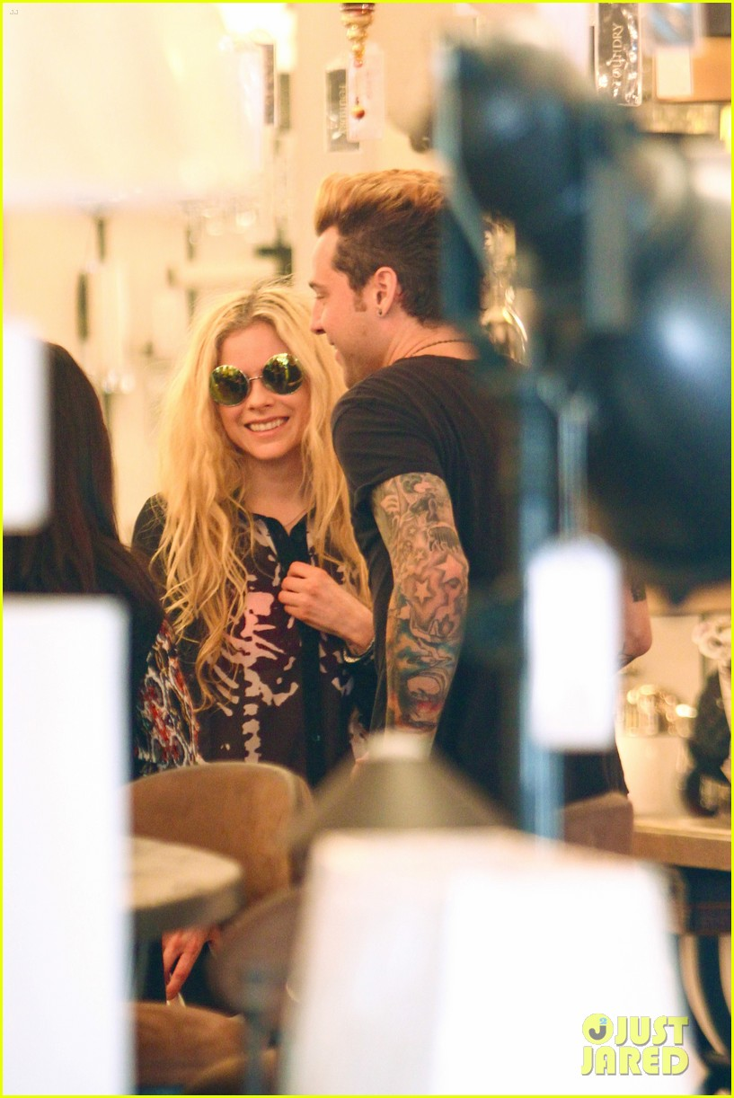 avril lavigne ryan cabrera shop lights 043560544