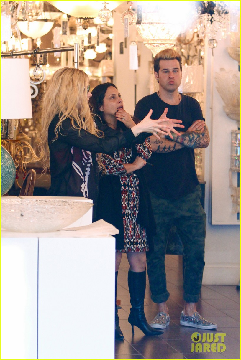 avril lavigne ryan cabrera shop lights 103560550