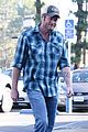 blake shelton grabs groceries after date night 05