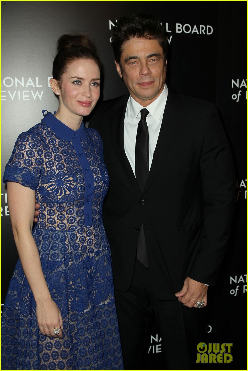 emily blunt puts the spotlight on sicario at nbr awards gala 213544053