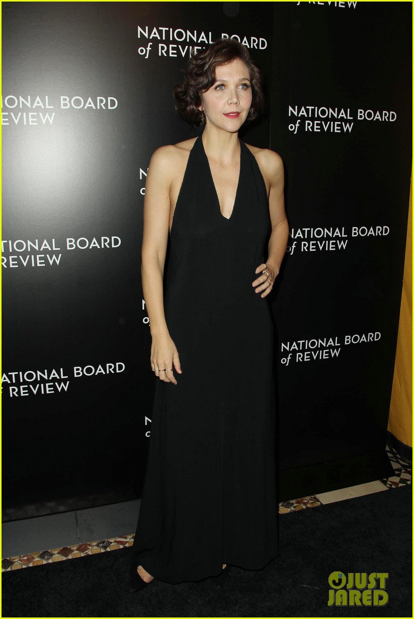 emily blunt puts the spotlight on sicario at nbr awards gala 273544059