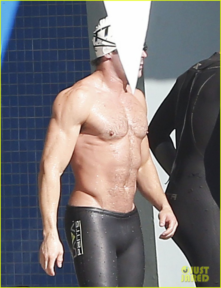 zac efron goes shirtless for baywatch swimming lessons 183557855