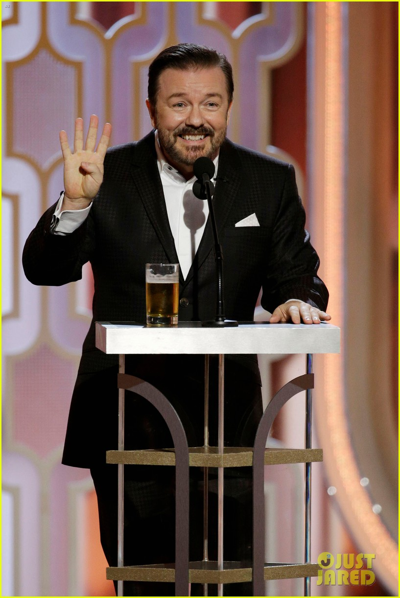 mel gibson ricky gervais golden globes 2016 full video 073549011
