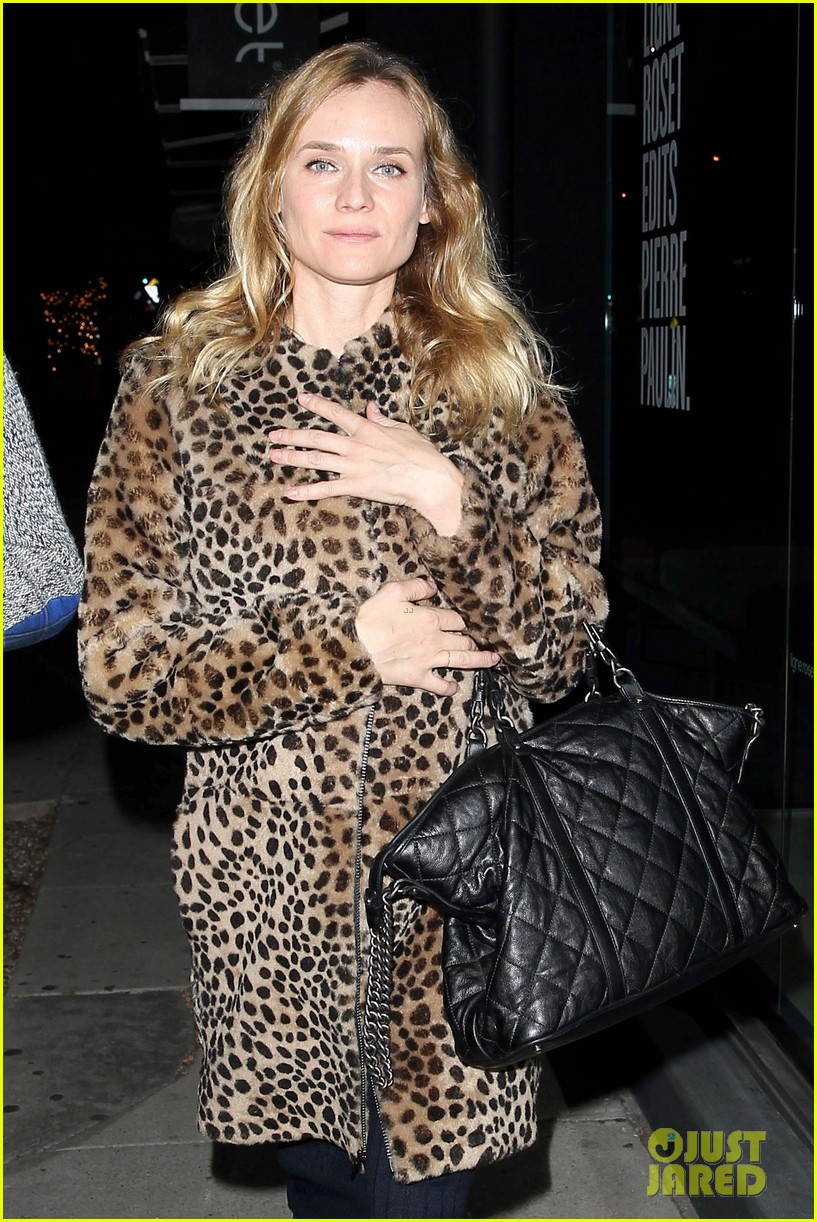diane kruger is goes barefaced for dinner with pals 063545376