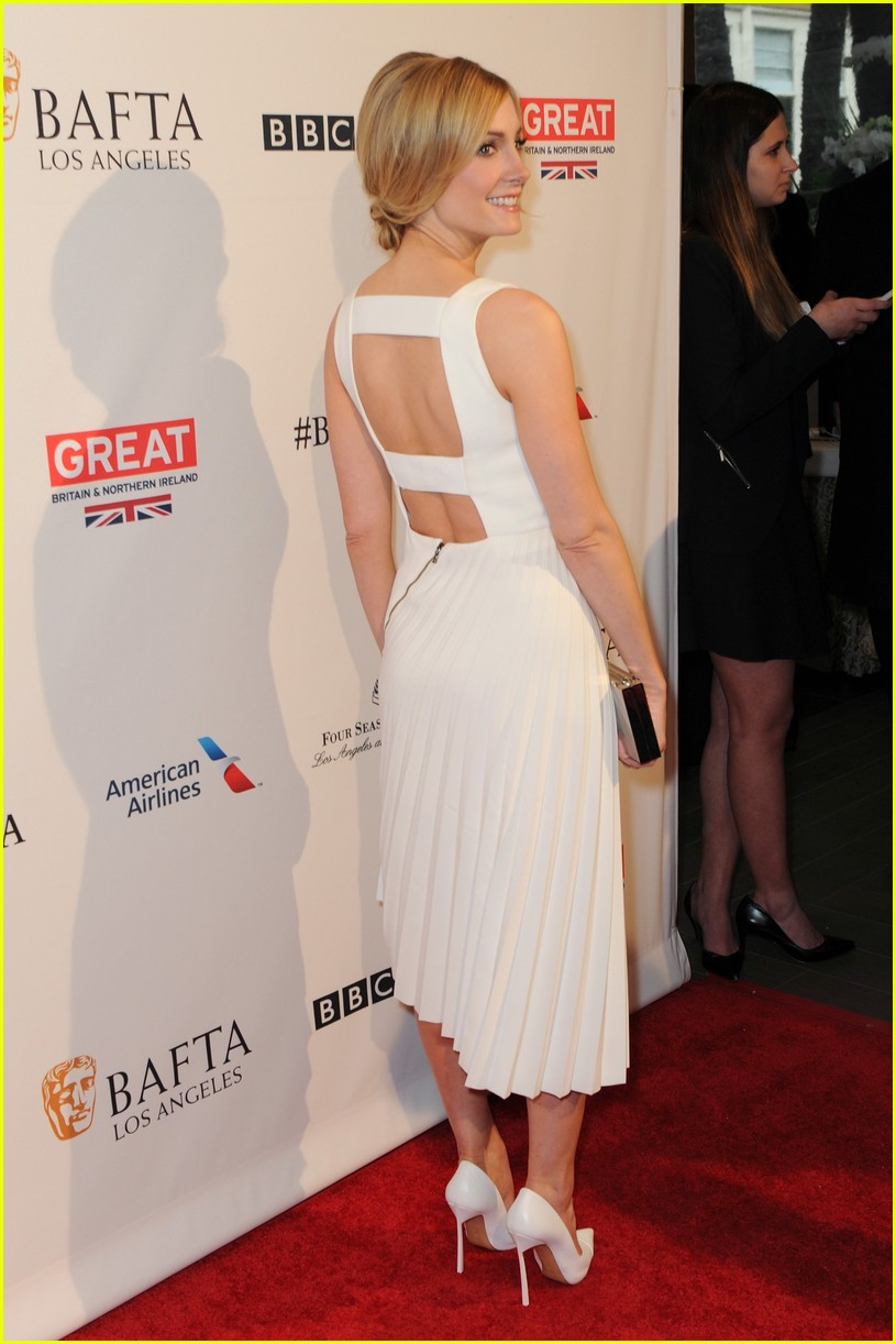 Brie Larson on Filming 'Room': 'The Sense of Confinement Was Real': http://www.justjared.com/photo-gallery/3547632/brie-larson-bel-powley-jane-froggatt-bafta-tea-03/fullsize/