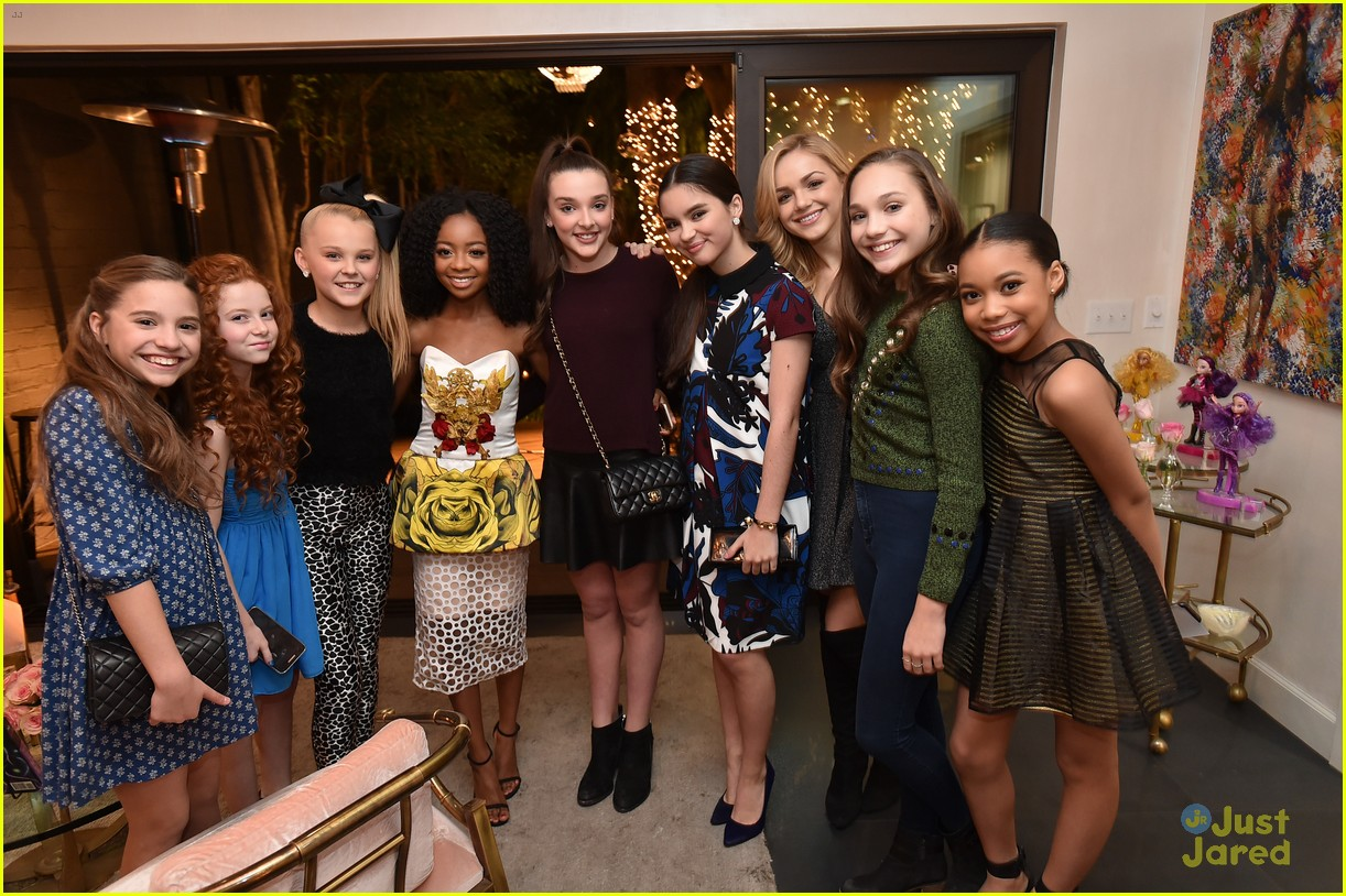 Maddie Ziegler Joins Her 'Dance Moms' Friends at JJJ's 'Star