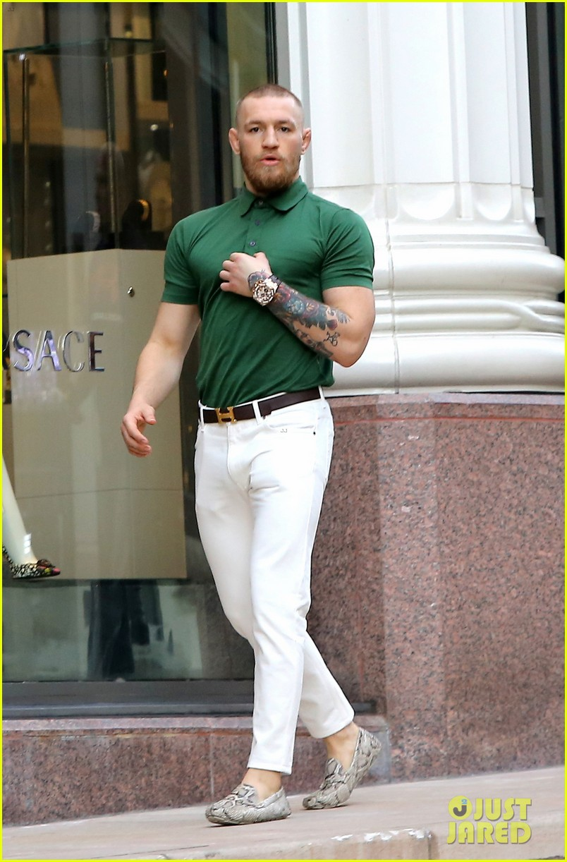 Ufc S Conor Mcgregor Shows Off Fashion Cred On Rodeo Drive