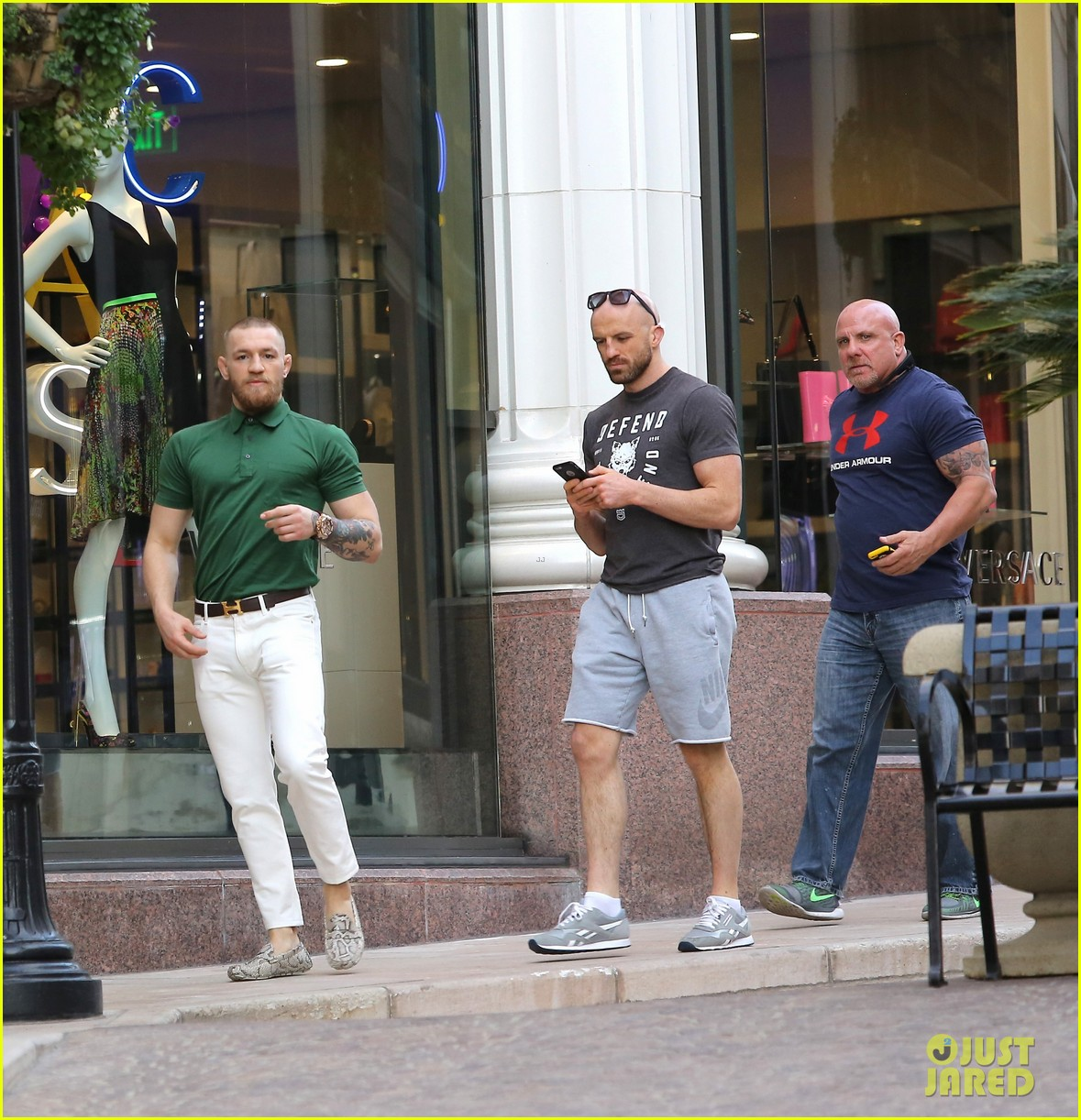 ufc conor mcgregor shows off fashion cred on rodeo drive 153558396