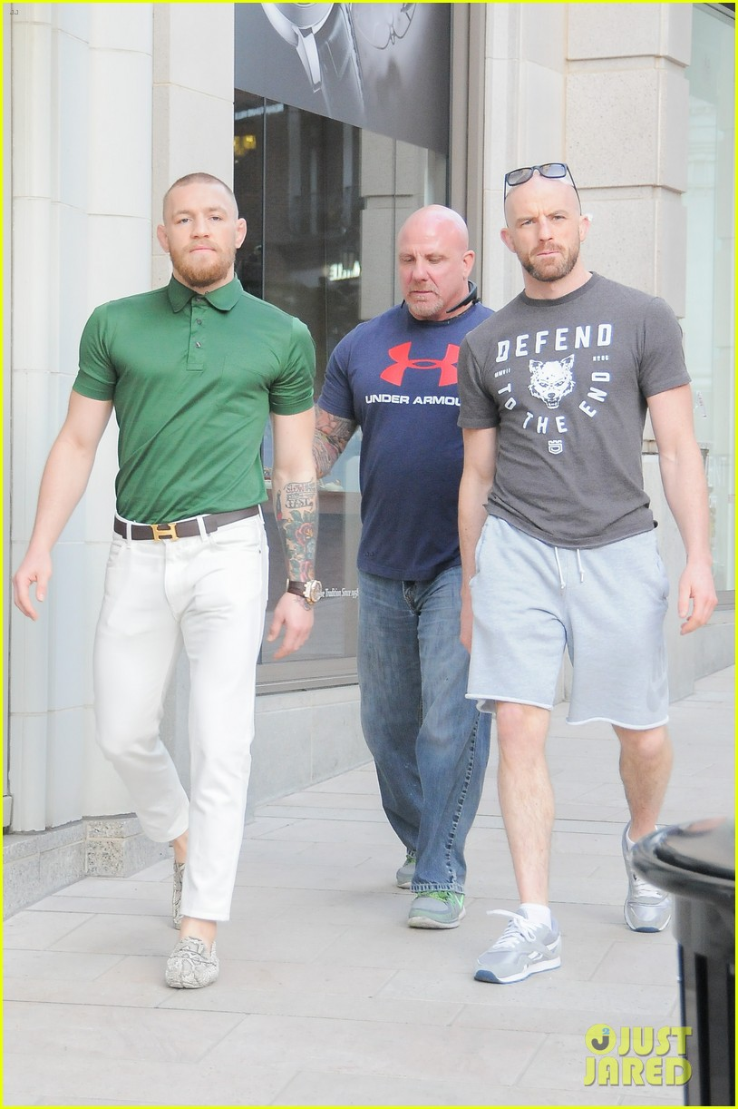 ufc conor mcgregor shows off fashion cred on rodeo drive 313558412