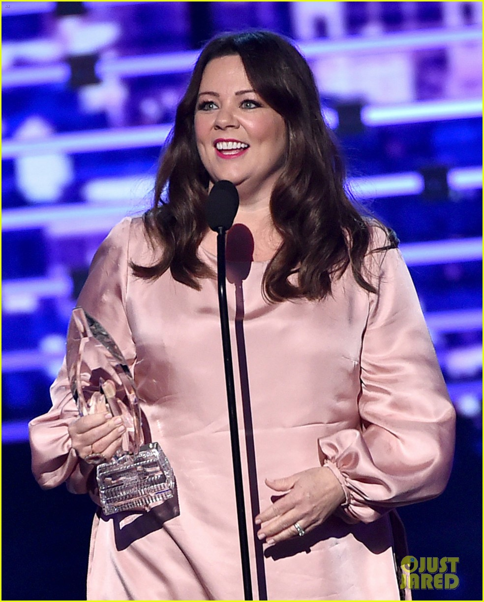 melissa mccarthy 2016 peoples choice awards 043544918
