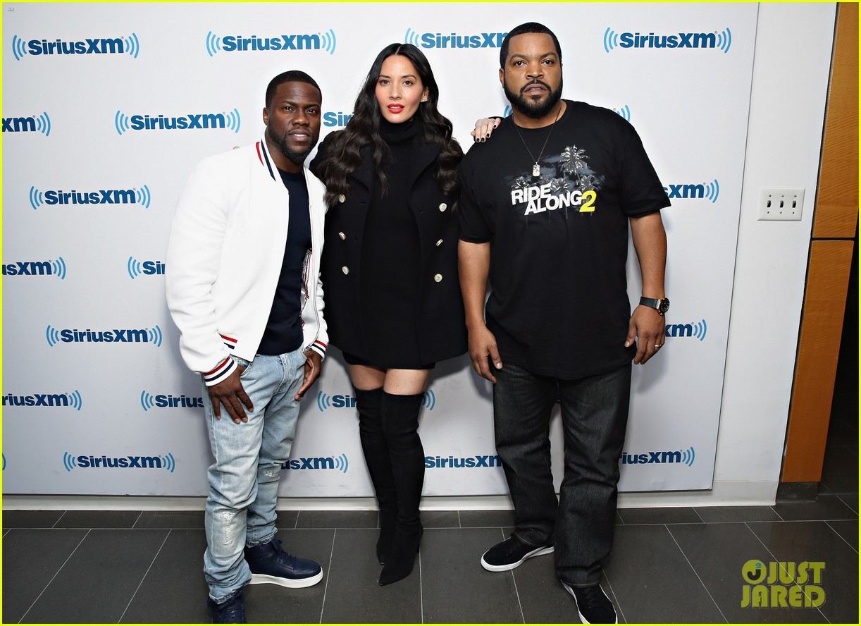 olivia munn teases lip sync battle with kevin hart watch here 033552237