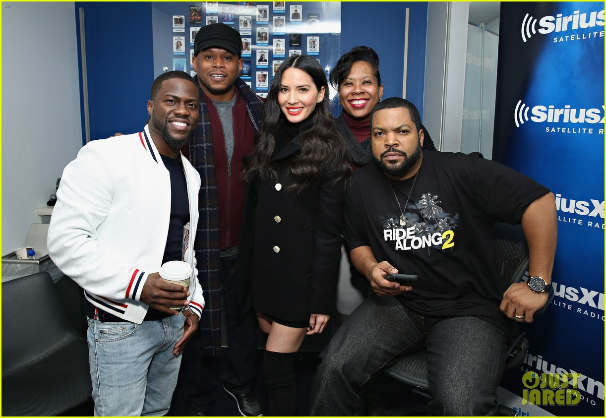 olivia munn teases lip sync battle with kevin hart watch here 113552245