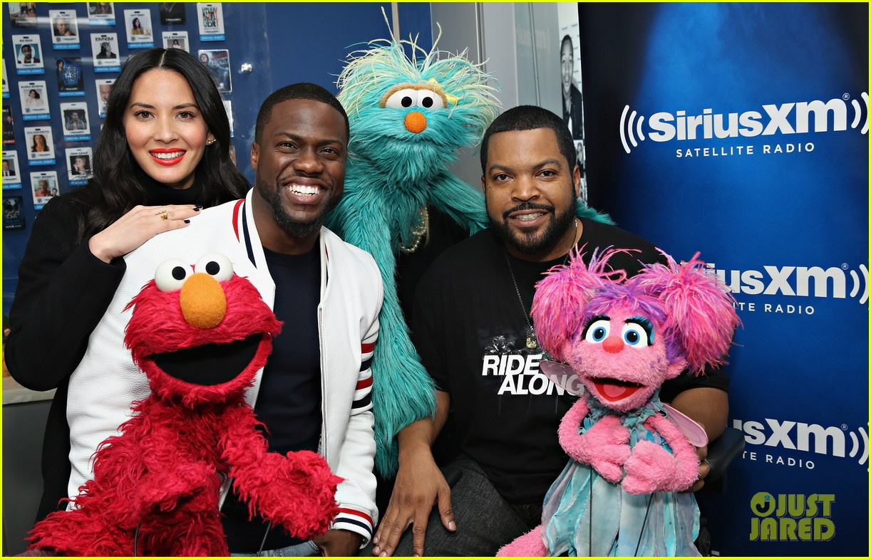 olivia munn teases lip sync battle with kevin hart watch here 323552266