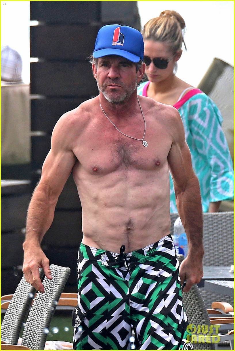 Dennis Quaid Goes Shirtless Looks Incredibly Ripped At 61