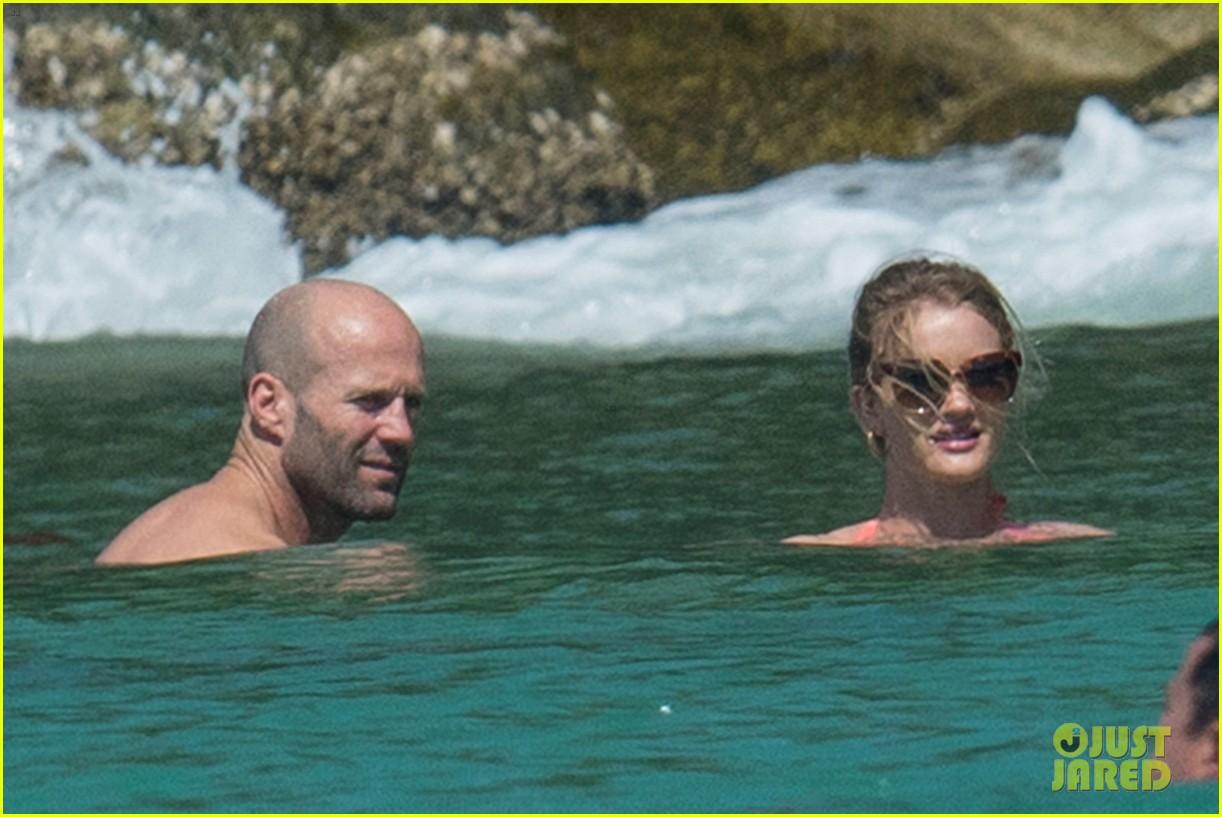 jason statham rosie huntington whiteley flaunt perfect beach bodies 163541962