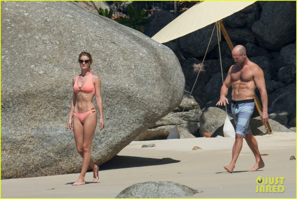jason statham rosie huntington whiteley flaunt perfect beach bodies 433541989