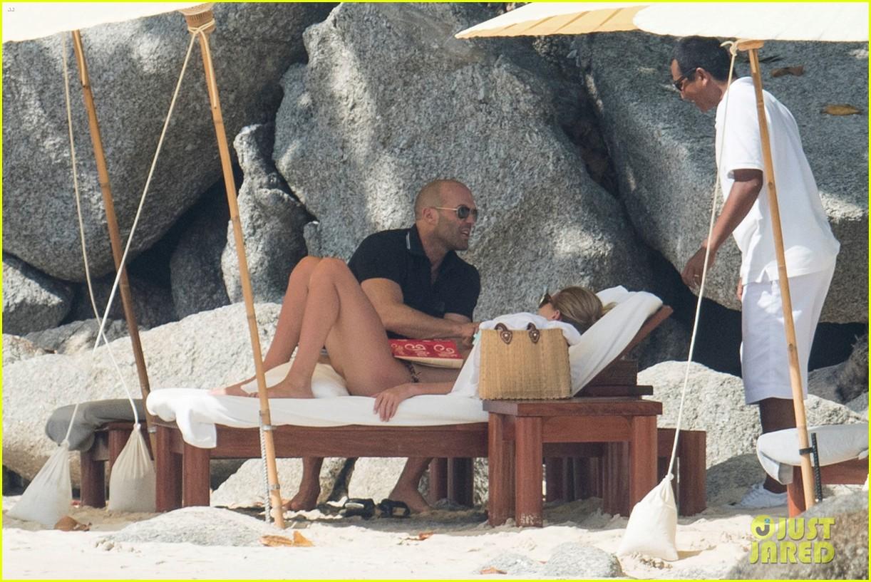 jason statham rosie huntington whiteley flaunt perfect beach bodies 503541996