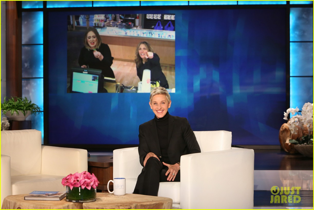 adele sings when we were young on ellen 083583037