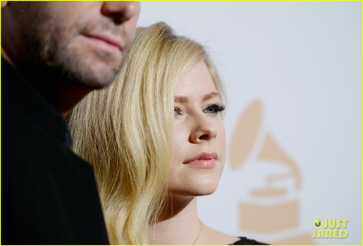 avril lavigne chad kroeger clive davis grammys 2016 party 043578611