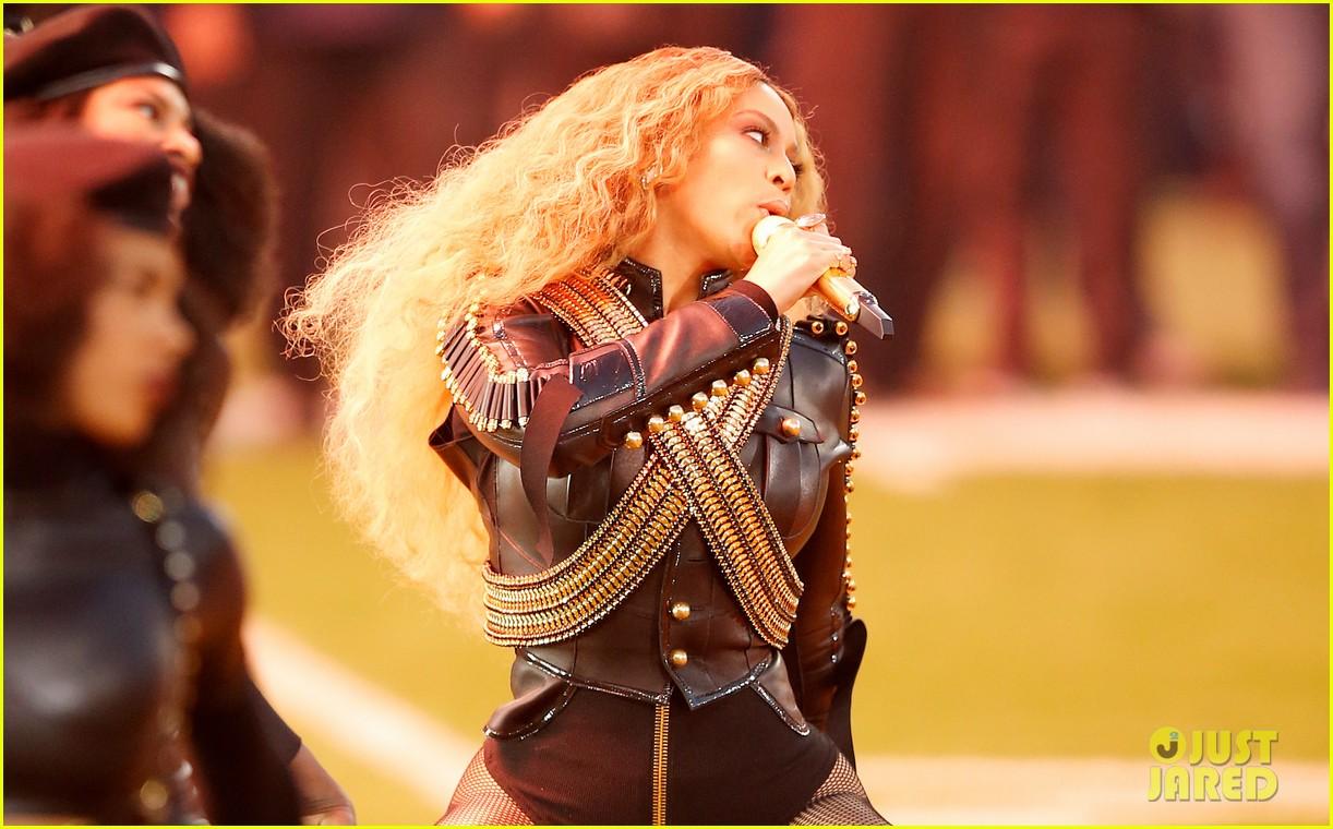 Beyonce: Super Bowl Ha... Beyonce Knowles Formation Super Bowl