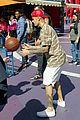 justin bieber shoots hoops universal city 05