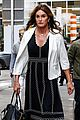caitlyn jenner outfit change stabucks nyc 21