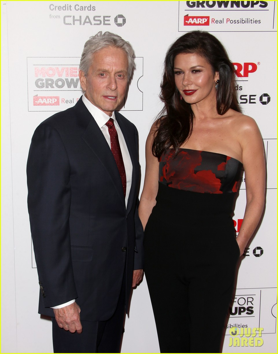 michael douglas gets honored at star studded aarps movie for grownups awards 013572982