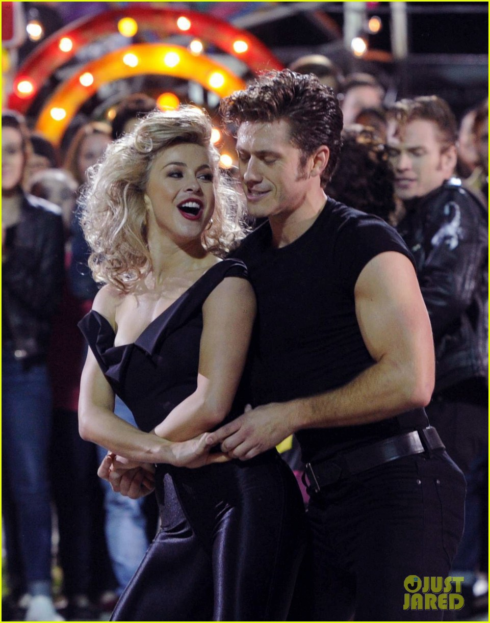 grease live full cast songs list 043566029