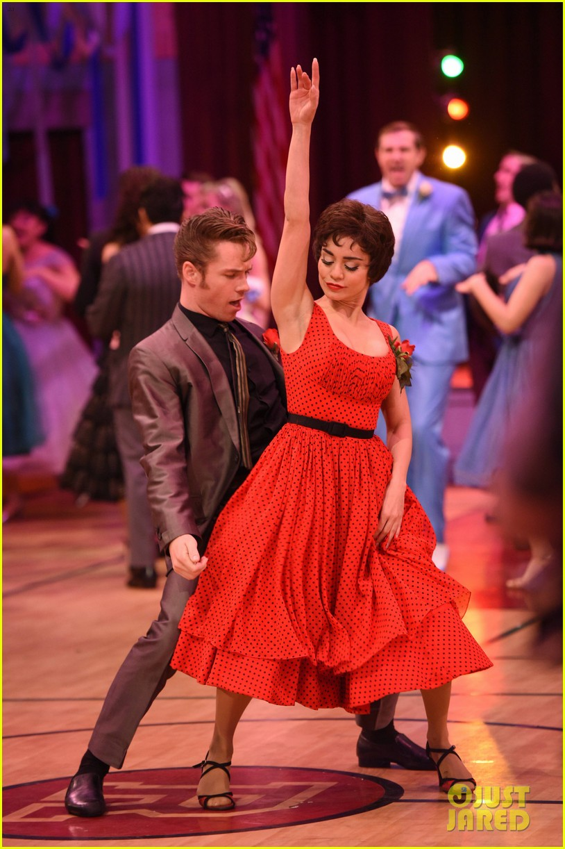 grease live full cast songs list 1163566053