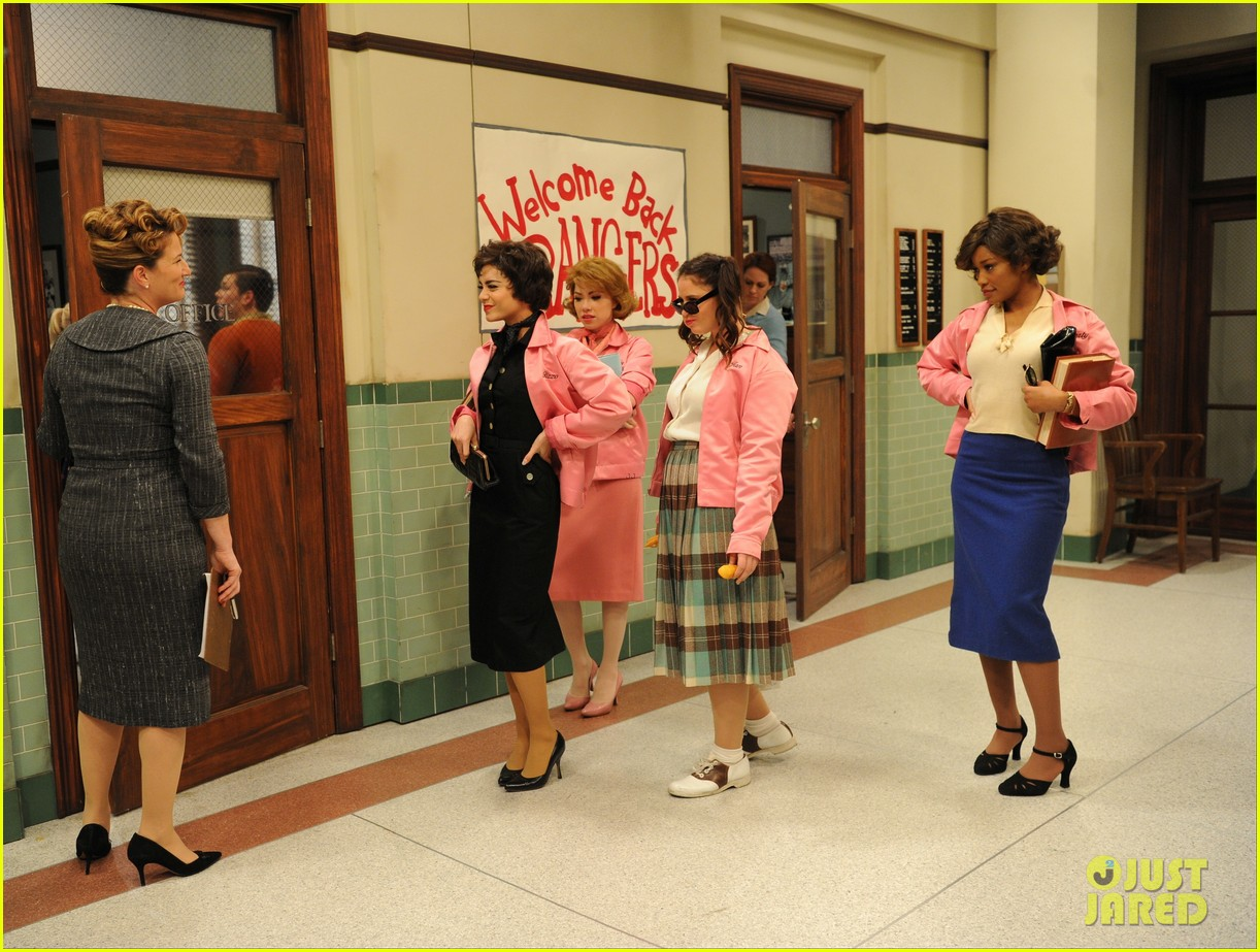 grease live watch every performance video 163566194