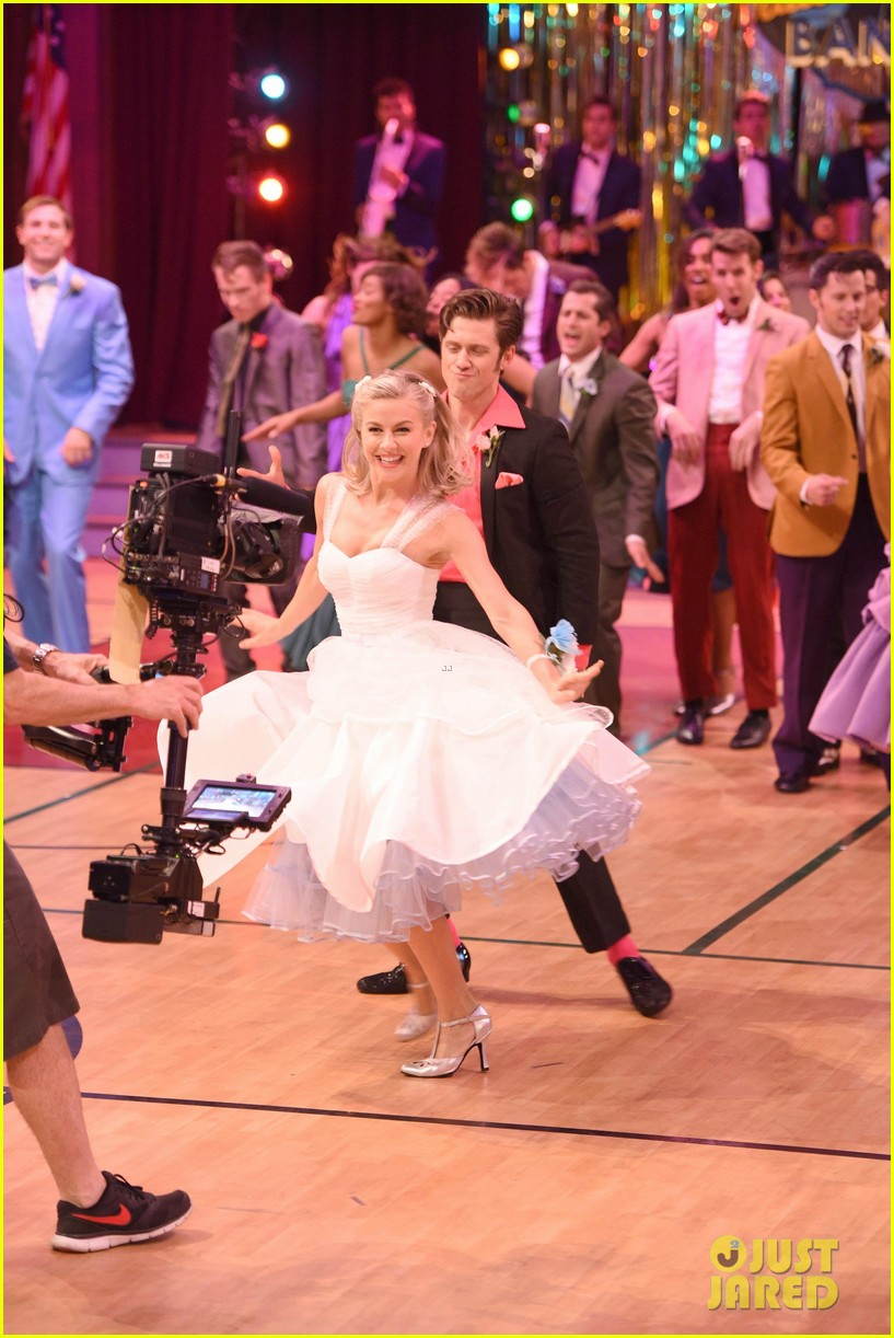 grease live watch every performance video 313566209