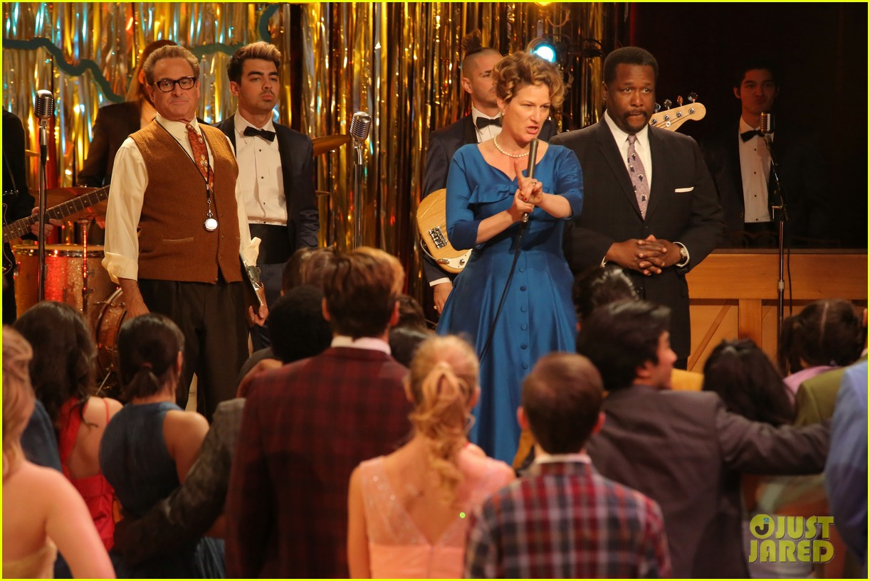 grease live watch every performance video 903566268