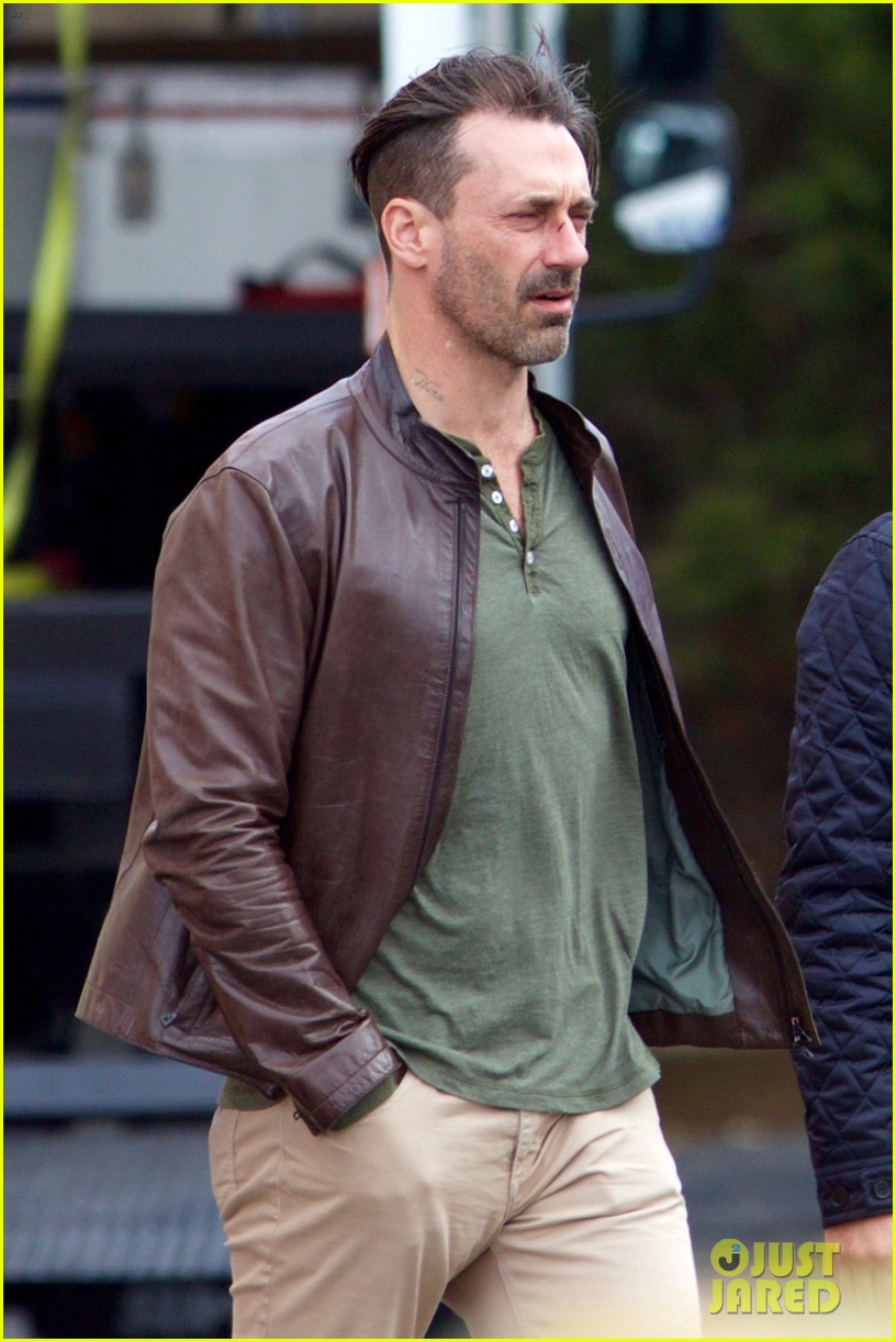 Jon Hamm Shows Off New Haircut While Filming A Movie Photo 3589135