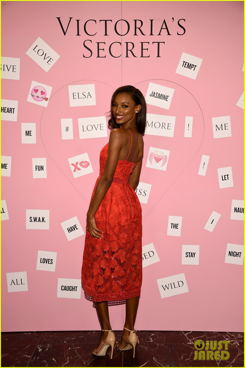 0a8b64c4b2 Victoria s Secret Angels Elsa Hosk   Jasmine Tookes Launch Valentine s Day  Collection!