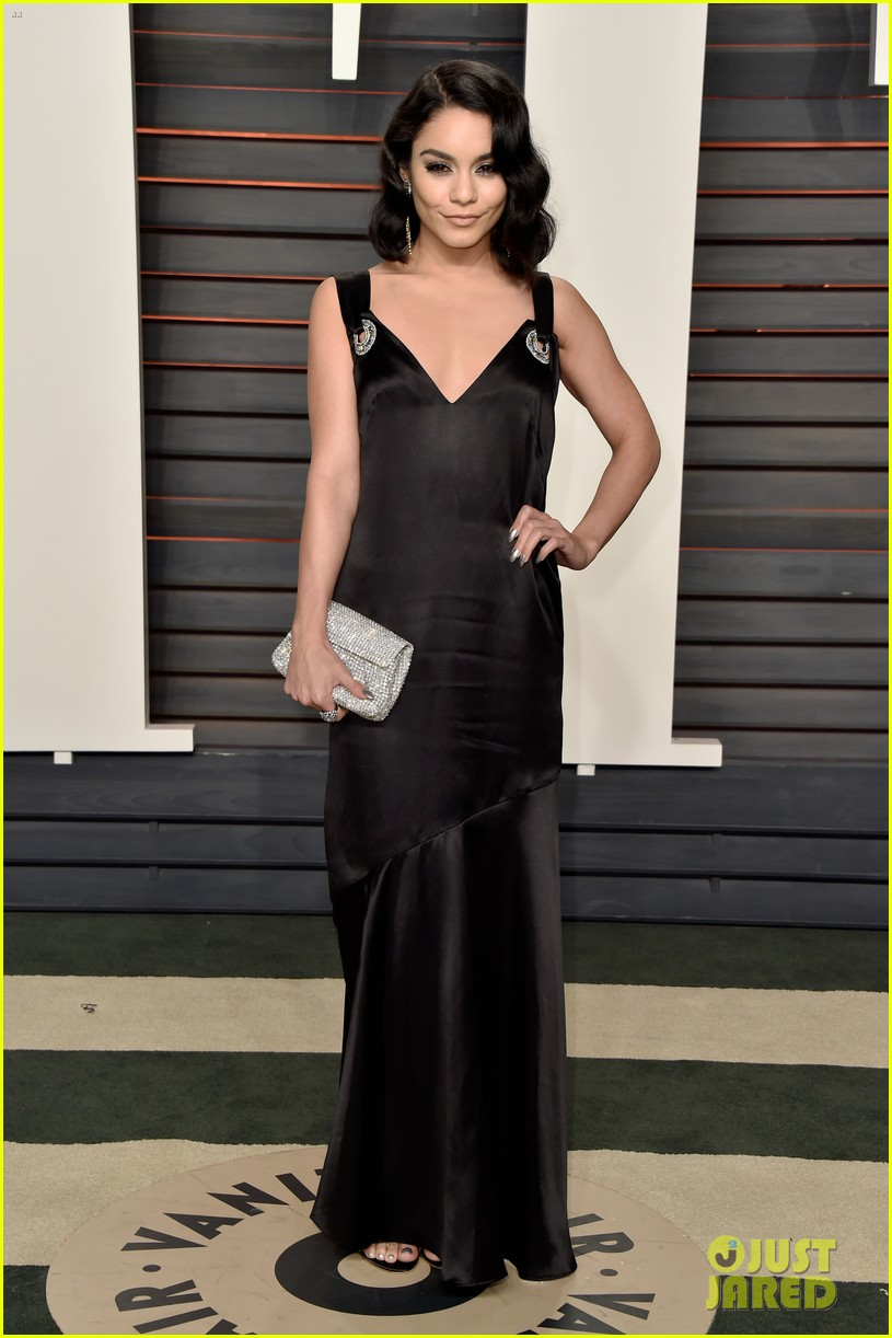 vanessa hudgens vanity fair oscar party austin butler 073593248