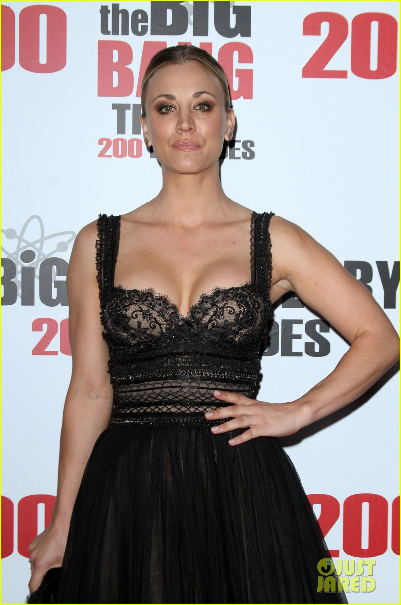 kaley cuoco big bang theory 200 episodes celebration 013584674