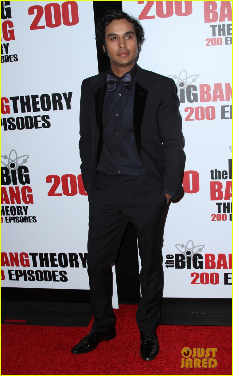 kaley cuoco big bang theory 200 episodes celebration 043584677