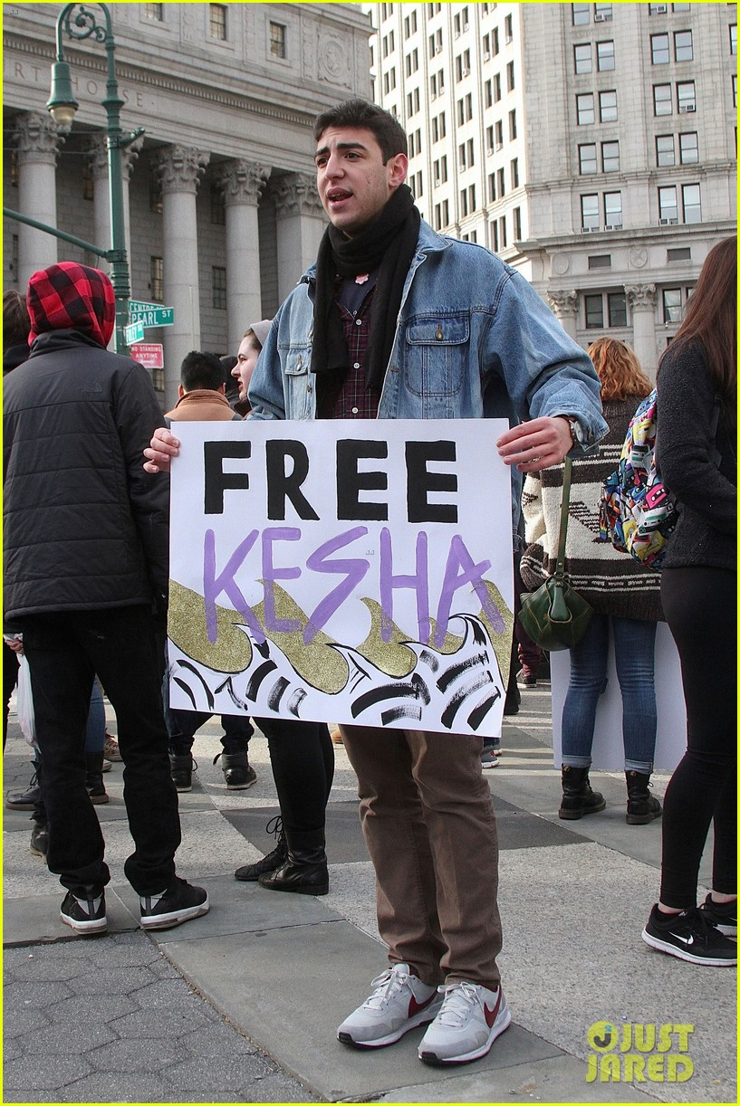 kesha denied release from her contract with dr luke 013583566