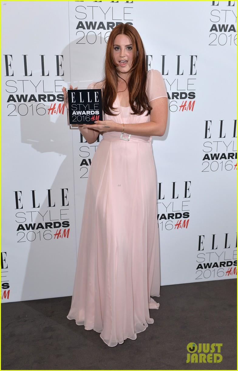 karlie kloss lana del rey win big at elle style awards 243586779