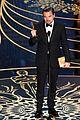 leonardo dicaprio wins best actor at oscars 2016 04